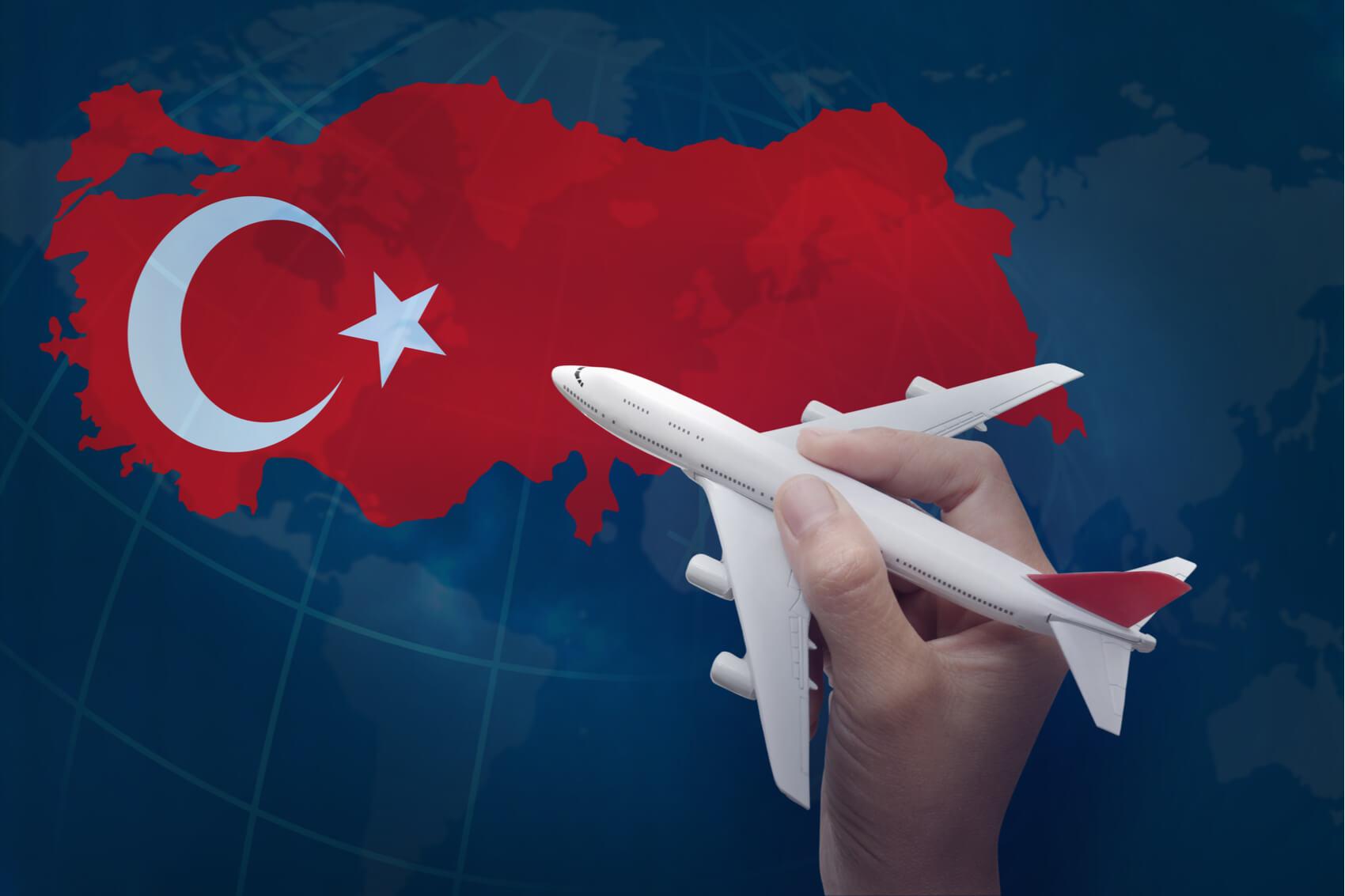kogda otkrojut charternye rejsy v turciju