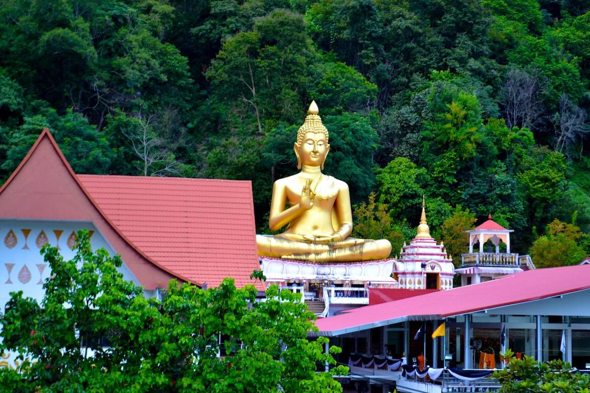 hramy phuketa