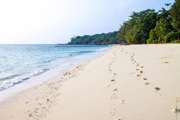 ostrov bon