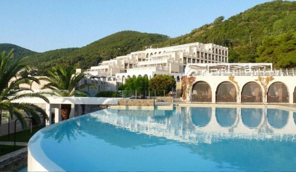 oteli grecii s sobstvennym plyazhem